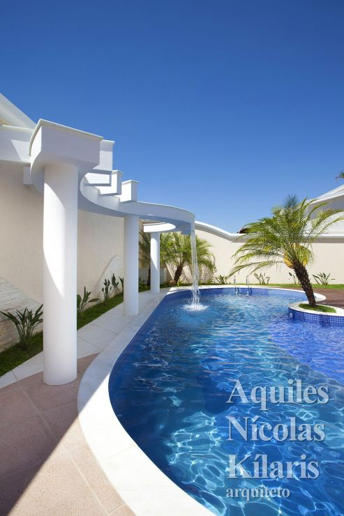 Arquiteto - Aquiles Nícolas Kílaris - Projetos Residenciais - Curvas no Neoclássico
